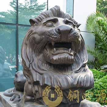 东莞银行铜狮