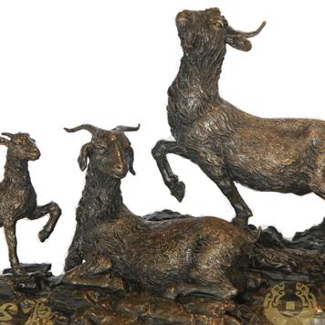 生肖羊纪念品《三羊启泰》