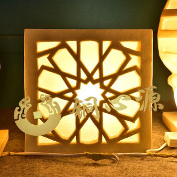 方形灯罩砂岩雕塑